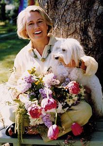 Elizabeth Murray with her dog