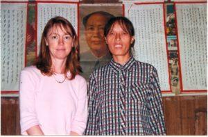 Lisa See interviewing nushu teacher
