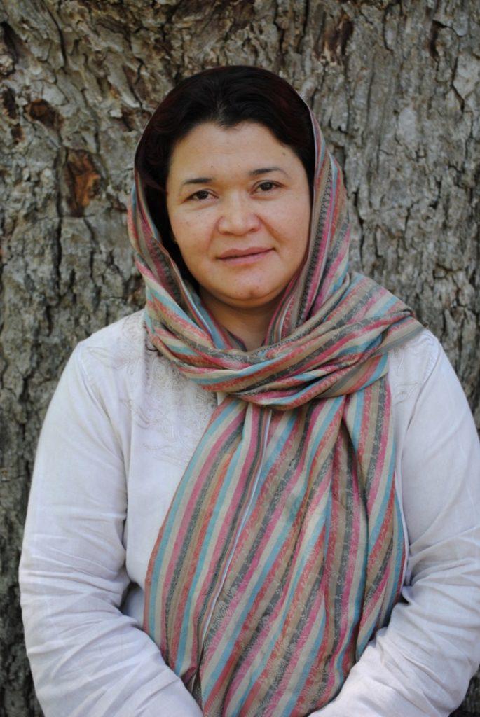 Dr. Rahela Kaveer
