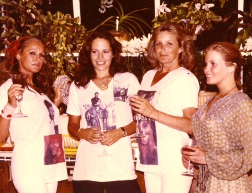 Linda Evans with Ursula Andrews, Sean (her stepdaughter), and Bo Derek