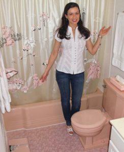 "<a href=""http://pjbtv.files.wordpress.com/2010/12/pinkbathroomsnancys-pink-poodle-bathroom.jpg"" srcset="