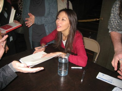 """amy chua essay why chinese mothers are superior In her essay """"why chinese mothers are superior,"""" an excerpt from her new book, """"battle hymn of the tiger mother,"""" amy chua makes a case for."""