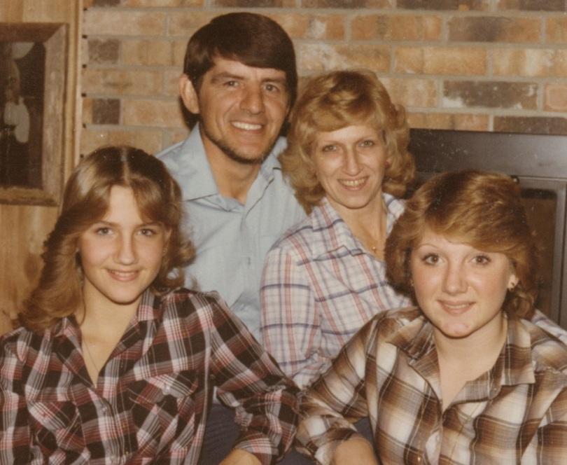 Brenda Warner, Mom Jenny Jo, Dad Larry and Sister Kim 1981