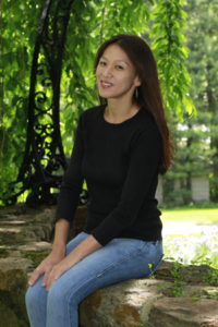 Amy Chua publicity photo c Peter Z Mahakian