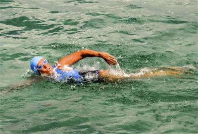 Diana Nyad attempting marathon Cuba to Florida swim,2012/Photo Florida Keys News Bureau, Christ Barli