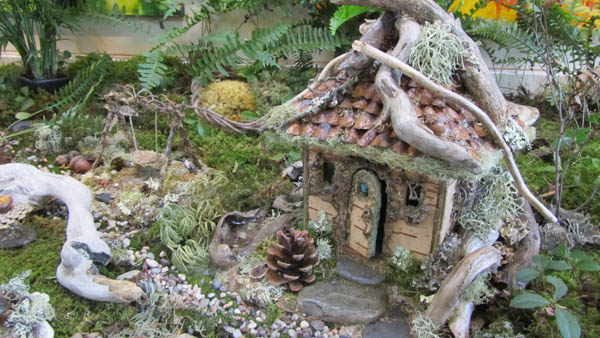 how to build a fairy house in your wall