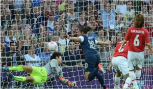 American Carli Lloyd scores gold as U.S. Women's Soccer wins Olympic Gold