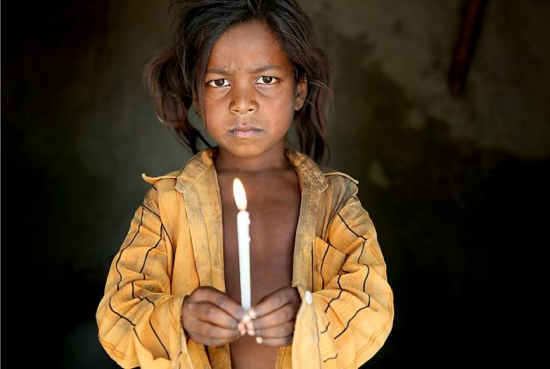 One of the young girls in India who had been forced into slavery | Photo: Lisa Kristine, Lisa Kristine Photography / SF via sfgate.com
