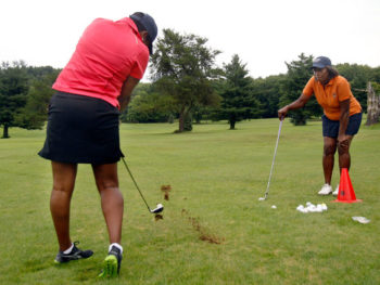 Female Vets on the Golf Course/Photo: David Maxwell, The New York Times