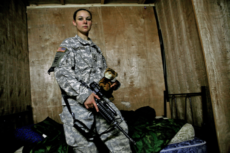 Embedded women soldier in Afghanistan/Photo: Heidi Levine