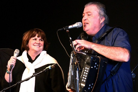 Linda Ronstadt and David Hidalgo, Los Cenzontles Mexican Arts Center, June 2008--Photo: JD Lasica