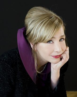 Nicole Mary