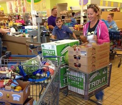 Beth Howard shopping for pie produce/Photo: Daniel Broten