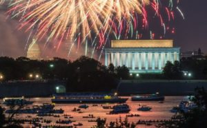 Nat Geo Picture Flotilla, Wash. 2013 Fourth of July Fireworks