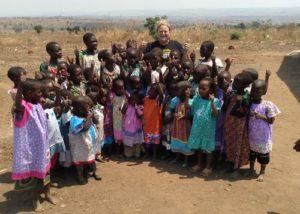 Rachel O'Neill Distributes Lillian Weber's Little Dresses for Africa/yahoo.com