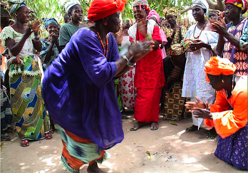 Paola Gianturco photo of midwives from Senegal dancing with their grandchildren/Photo: Paolo Gianturco from Grandmother Powr by powerHouse Books