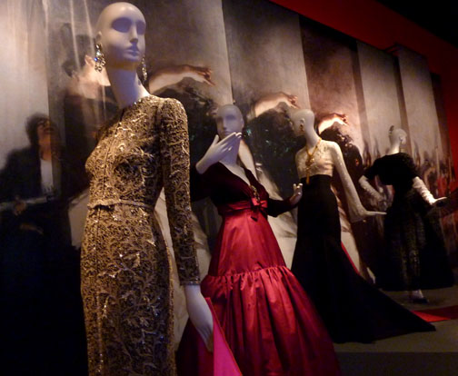 Dresses by Oscar de la Renta/Photo: Wendy Verlaine