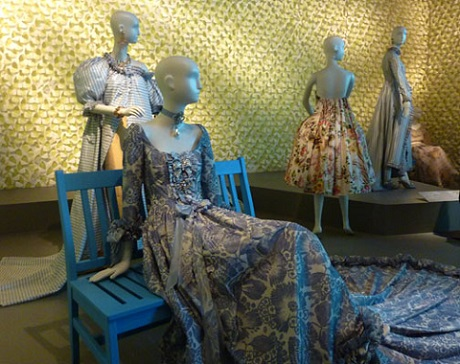 Oscar de la Renta dresses from retrospective at de Young/Photo: Wendy Verlaine