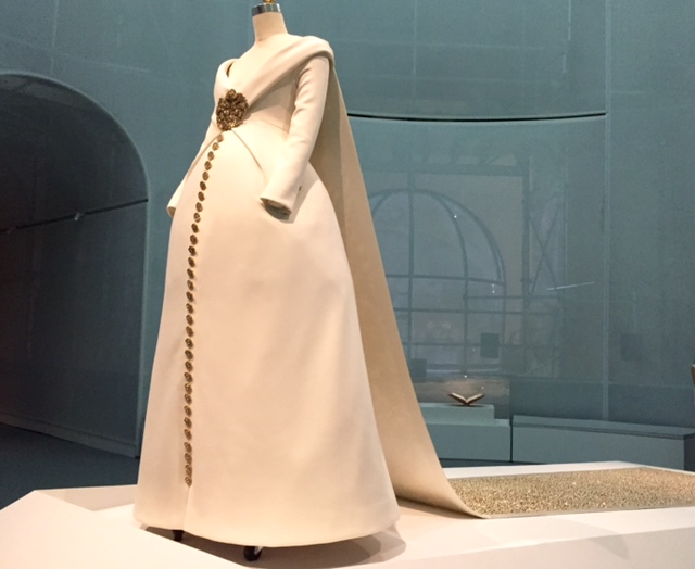 MET Dress featured in ManusxMachina exhibit