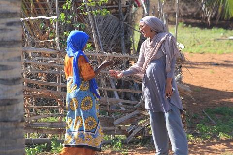 Umra Omar greeting/Photo: Safari Doctors