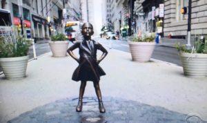 """Defiant Girl"" statue on Wall Street/photo: CBS Screenshot"