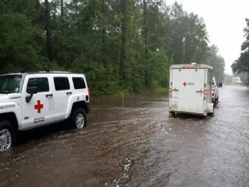 Hurrican Harvey rescue vehicles/Photo: Jane Messick Twitter