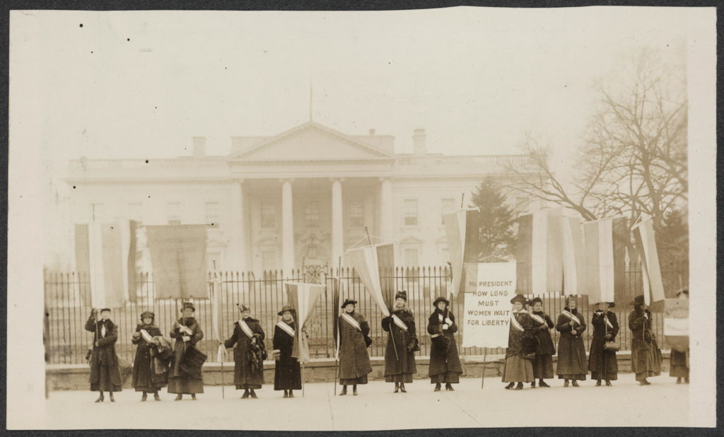 Alice Paul's Woman's Party picketed the White House 1017/Photo: Library of Congress