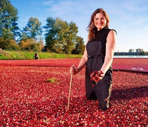 Elizabeth Blau in cranberry bog , restauranteur/Photo: Courtesy Elizabeth Blau
